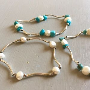 Jewelry - ⭐️x3 Turquoise & Pearl Stretchy Bracelet Set